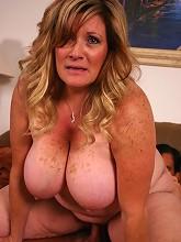 Hot and horny matured bbw Deedra...