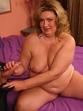Matured bbw CC showing off her big...